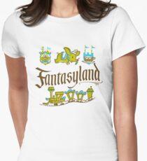 Fantasie Land Tailliertes T-Shirt für Frauen
