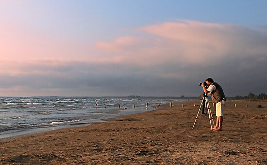 Sauble Beach, Photographers' delight by Yannik Hay