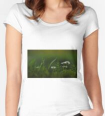 Nature wonder Women's Fitted Scoop T-Shirt
