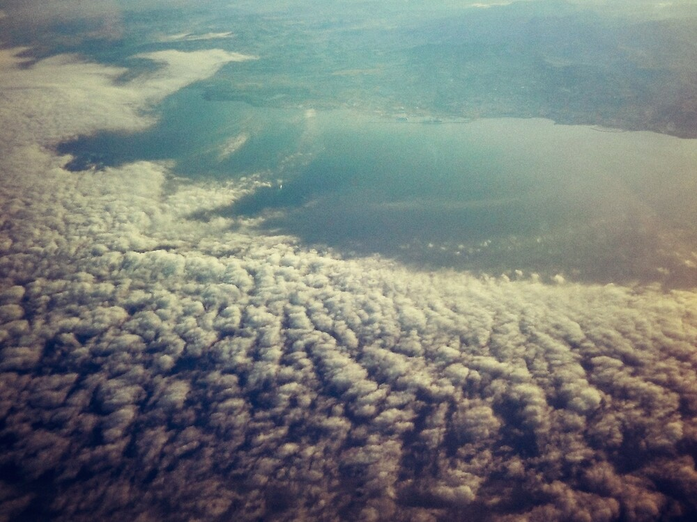 Clouds from plane by Salvatore Russolillo