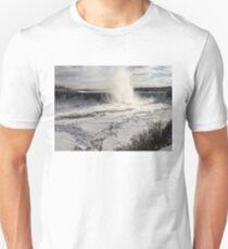 Winter Wonderland - Spectacular Niagara Falls Ice Buildup  T-Shirt