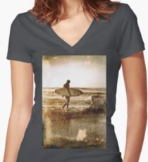 Vintage Surfer Women's Fitted V-Neck T-Shirt