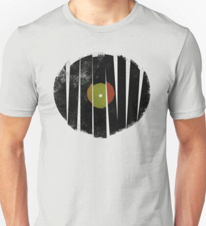 Cool Broken Vinyl Record Grunge Vintage T-Shirt