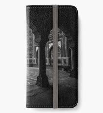 Taj Mahal iPhone Wallet