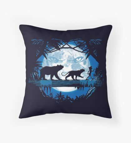 Jungle pals. Throw Pillow