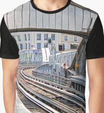 Paris Metro - Sevres-Lecourbe Station Graphic T-Shirt