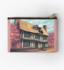 Tranquil house Studio Pouch