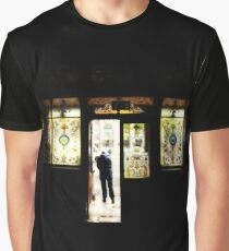 Crown bar Belfast in Orton Graphic T-Shirt