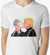 Trump kissing Putin T-Shirt