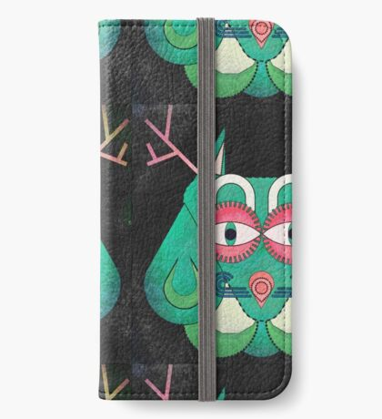 Owl in Disguise  iPhone Wallet