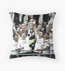 Manchester United - FA Cup 2016 Winners Throw Pillow