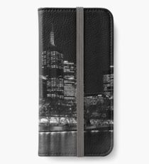 0353 Melbourne by Night iPhone Wallet