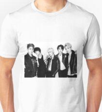 Shinee's Back! Unisex T-Shirt