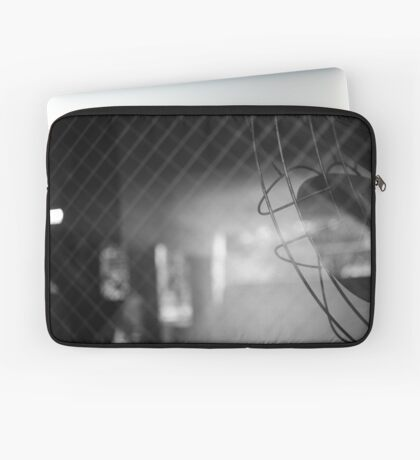 Taunting Fan Laptop Sleeve