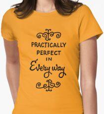 praktisch perfekt Tailliertes T-Shirt für Frauen