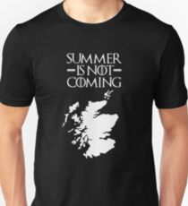 Summer is NOT coming - scotland(white text) Slim Fit T-Shirt