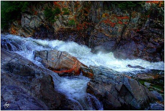 Banded Rock at Livermore Falls by Wayne King