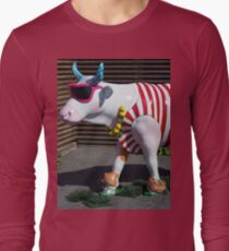 Painted Cow on Holiday - at Floriade Long Sleeve T-Shirt