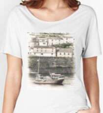 Fishing Boat in Harbour - Cornwall Women's Relaxed Fit T-Shirt