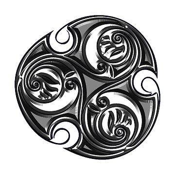 Triskele Shield-Silver by CapallGlas
