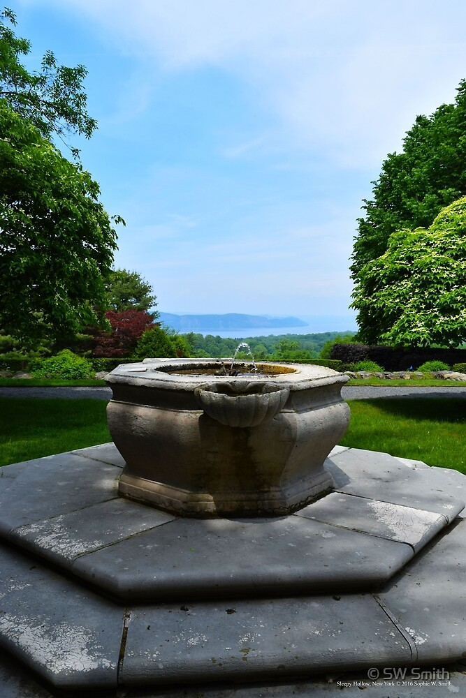 Fountain In Front Of The Tea House With A Hudson River View - Kykuit Rockefeller Estate | Sleepy Hollow, New York by © Sophie W. Smith