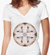 Camiseta entallada de cuello en V Quién mandala