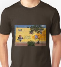 Public Wall Art & Graffiti T-Shirt