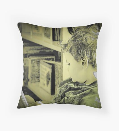 Reading Power-Food for the Mind Throw Pillow