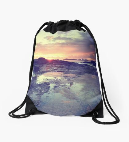 Sunlight is painting Drawstring Bag