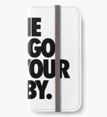 THE DINGO ATE YOUR BABY. iPhone Wallet/Case/Skin