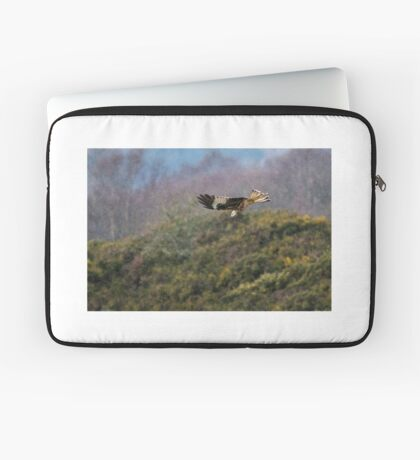 Red Kite in hale storm Laptop Sleeve