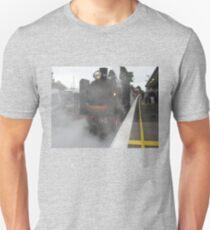 Kclass Loco - coming into Berwick Station Unisex T-Shirt