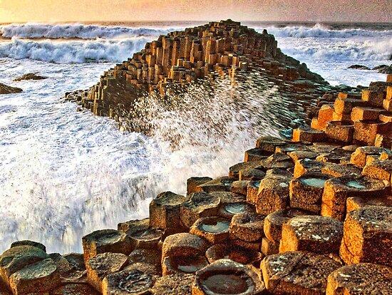 Ireland - Giants Causeway by jhphotos