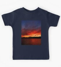 Red Sunset over Blue Sky   Kids Clothes