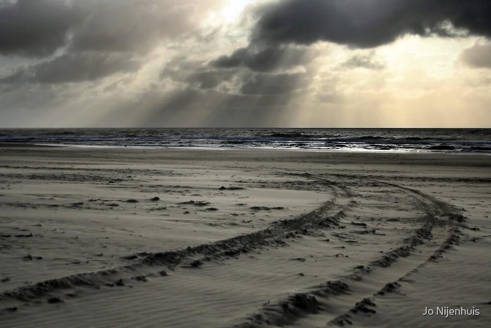 Dark & Windy by Jo Nijenhuis