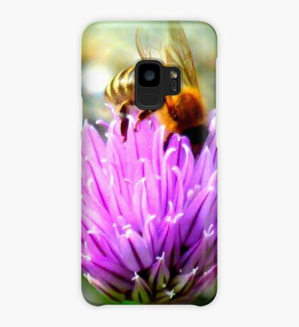 Bee on chive flower Case/Skin for Samsung Galaxy