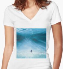 Dory is here Women's Fitted V-Neck T-Shirt