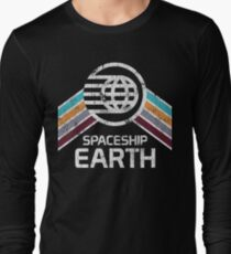 Vintage Spaceship Earth with Distressed Logo in Retro Style T-Shirt