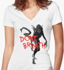 "NEW* ALIEN: ISOLATION MERCHANDISE... ""DONT BREATH"" Women's Fitted V-Neck T-Shirt"