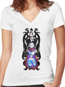 No Evil Women's Fitted V-Neck T-Shirt
