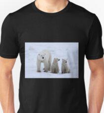 FAMILY PORTRAIT #2 - Polar Bears, Churchill, Canada T-Shirt