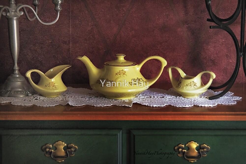 Vintage Yellow Tea Set - Selected in Solo Exhibition women in the arts by Yannik Hay