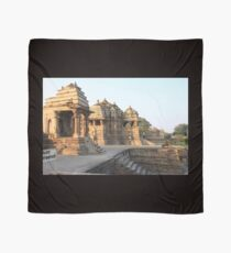 India - Madhya Pradesh - Khajuraho Group Scarf