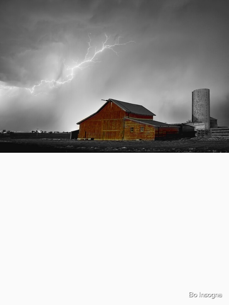Watching The Storm From The Farm BWSC by mrbo