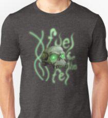 Treibstoff für den Teufel Slim Fit T-Shirt
