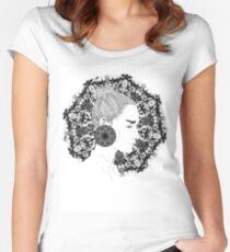 Eva - Fineliner Illustration Women's Fitted Scoop T-Shirt