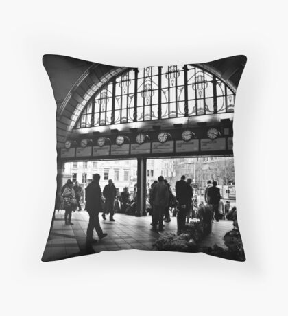 UTC IV Throw Pillow