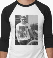 Ryan Gosling wearing aT-shirt of Macaulay Caulkin wearing a T-shirt of Ryan Gosling  Men's Baseball ¾ T-Shirt