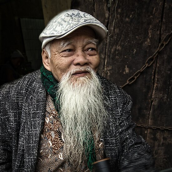 Man in Hanoi #0101 by Michiel de Lange