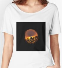 Sunset in the globe Women's Relaxed Fit T-Shirt